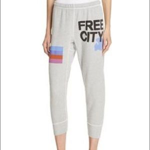 FREECITY Womens 3//4 Cropped Sweatpant